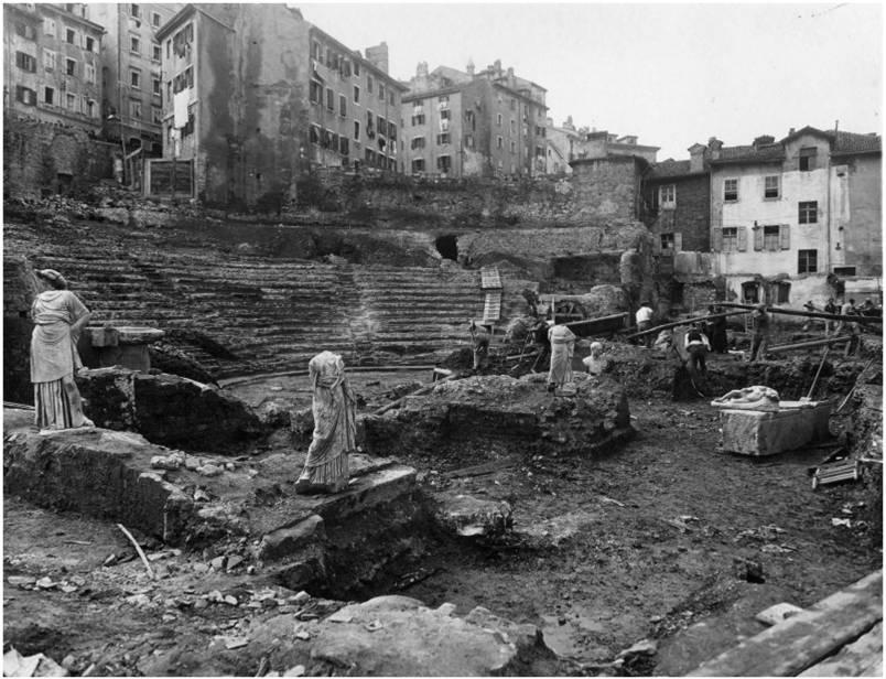 Teatro Romano Trieste Scavi