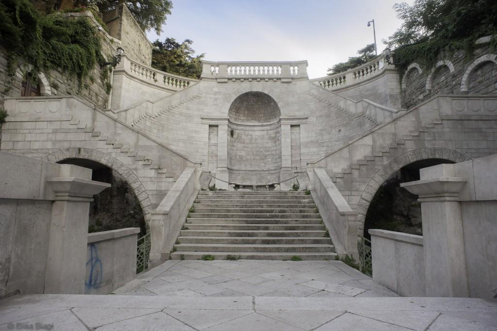 Scala dei Giganti, Trieste, Calling the boss, Biagi